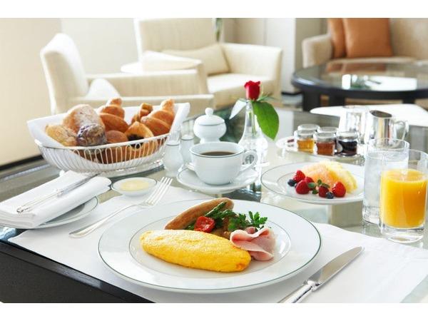 ルームサービスでのご朝食