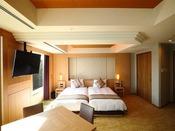 スイート ジャパニーズモダン 107平米ベッドルーム最大6名さままでご利用いただけます。