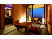 【客室】温泉露天風呂付き和洋室B(4名定員)…40平米・Deluxe Twin Room with Tatami Area and Open-Air Bath(For 4 adults )