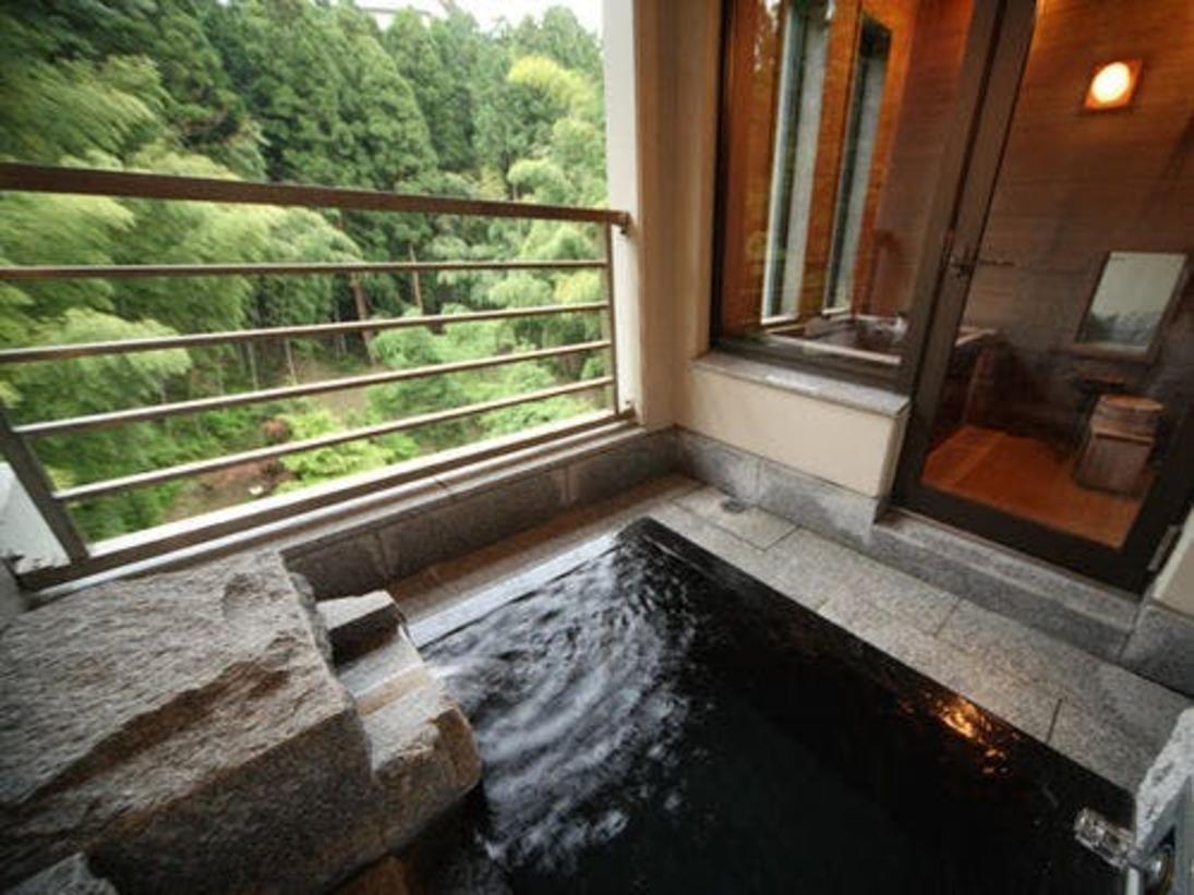 特別室付露天風呂例