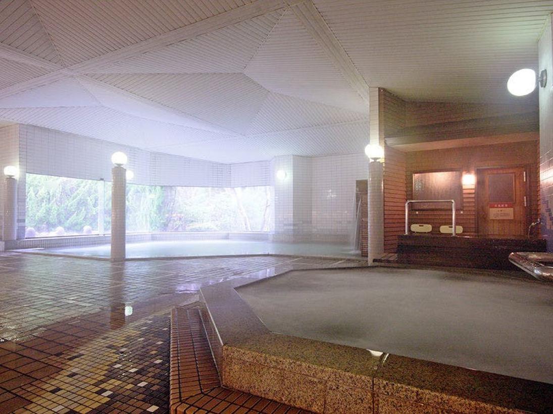 ≪ゆうなぎの湯≫広々とした大浴場でゆっくりお寛ぎいただけます。