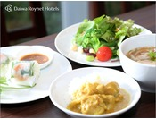 朝食例(ベトナム料理)