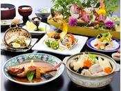 あんこう鍋をはじめ、旬の食材をふんだんに使用した会席料理です。