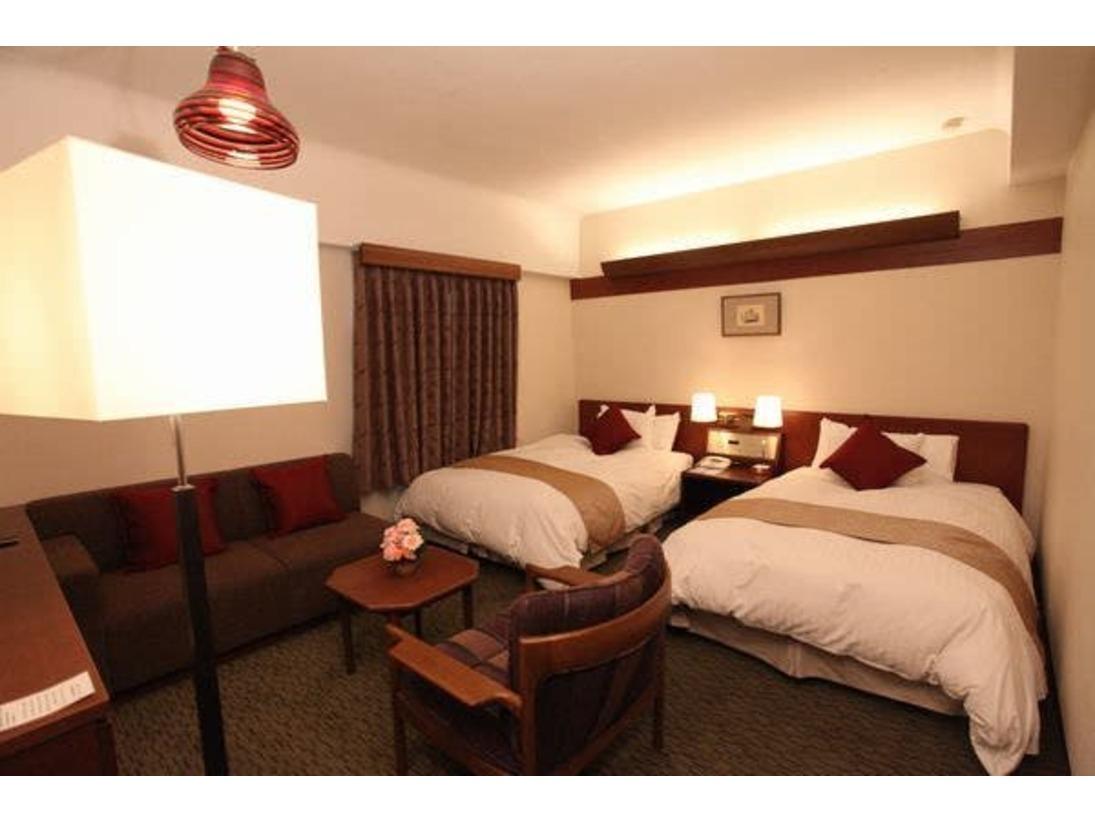デラックスツイン(本館禁煙)ベッドサイズ幅125cm×195cm34.3平米Wi-Fi無料加湿空気清浄機設置