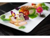 【DINNER】琉球食材を使用した美食に舌鼓。