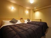 ◆八番館眺望風呂付和洋室(ベッドルーム)