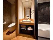 シングルルームのバスルーム