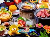 最強グルメ☆和牛ステーキ&鮑の踊り焼きがメインの会席料理。群馬名物おっ切り込みうどんも堪能!
