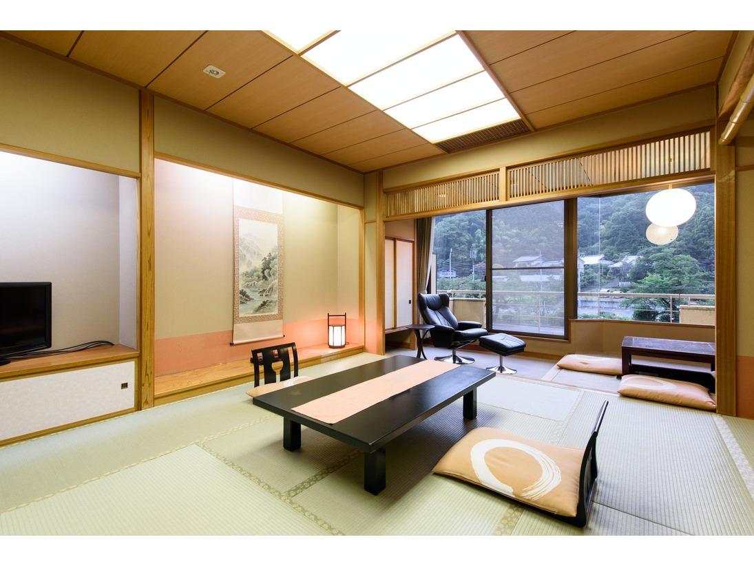 優しい雰囲気の和室