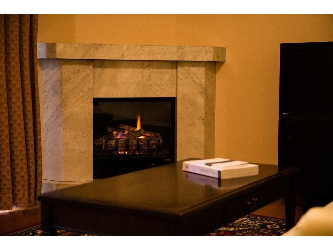 客室の暖炉