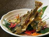 【渓流魚の焼き魚】群馬は渓流魚の生産が盛ん!三国の清流で育つ魚は肝まで味わえる♪