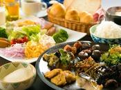 <朝食>【豆富屋さんのバイキング】4時から仕込む豆富・豆乳から作る和食・洋食は人気♪