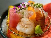 沼津漁港直送の新鮮な魚介たちでおもてなし