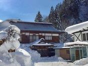 不動閣の雪景色