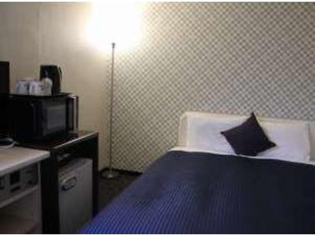 ◇シングルルーム◇ベッドは140cm幅を採用、ゆったりお休みいただけます♪♪