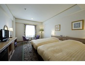 【禁煙】シンフォニーパティオツイン、ホテル中庭側に面したやわらかな雰囲気のお部屋です。