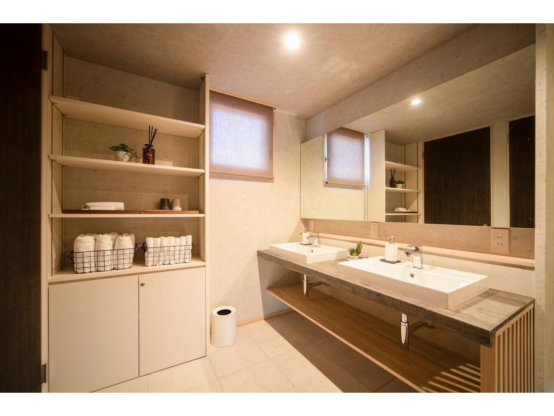 【A棟/C棟】洗面所 (Washroom)