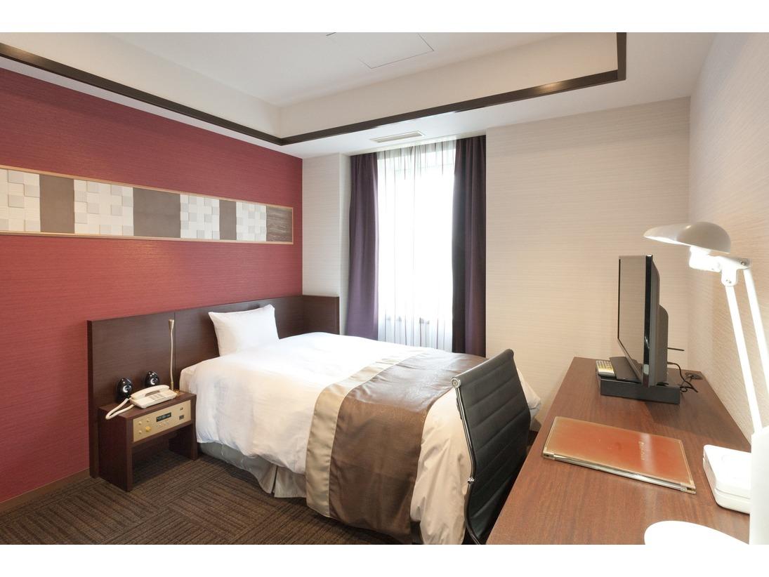 快適スタンダードシングル 約12平米シモンズ社製ベッド。
