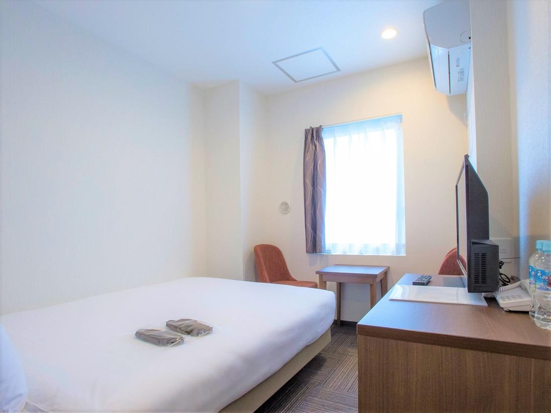 9階訳ありダブルルーム ベッド幅140センチ ・全室シモンズ製ベッド♪全室ウォシュレット完備♪