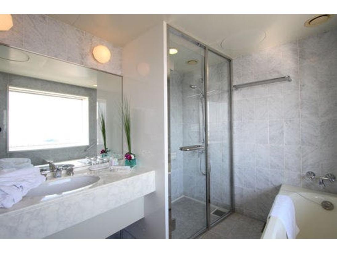 浴室(ビューバス付コーナーツインルーム)