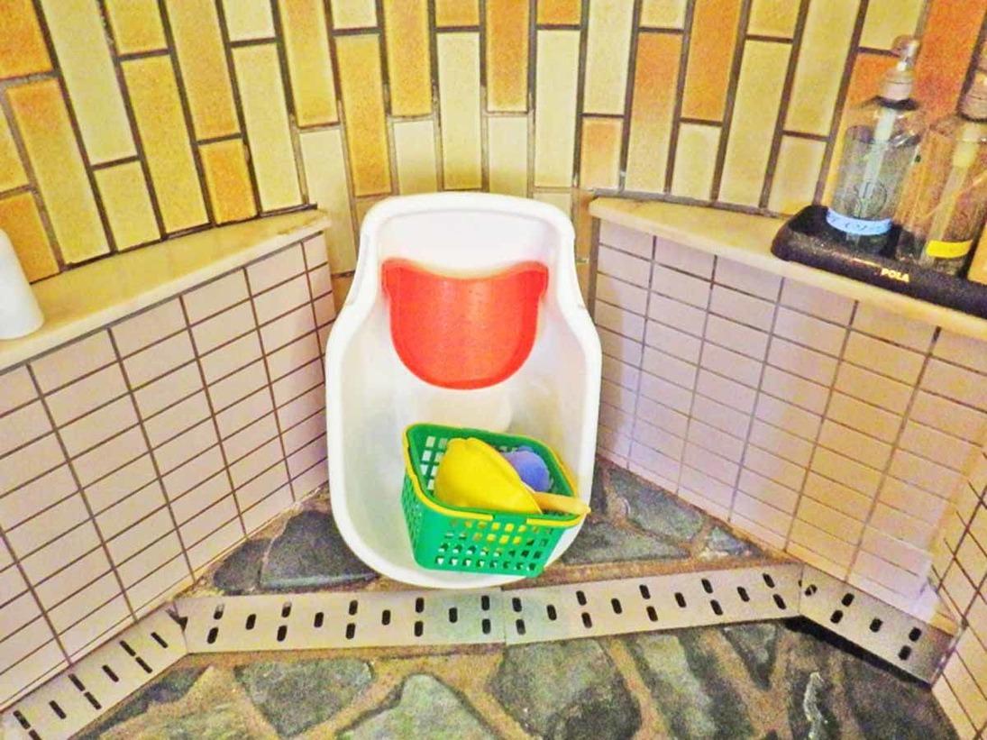 *ご婦人大浴場 家内安全の湯/赤ちゃん連れでも安心。ベビーバスやおもちゃも完備しております。