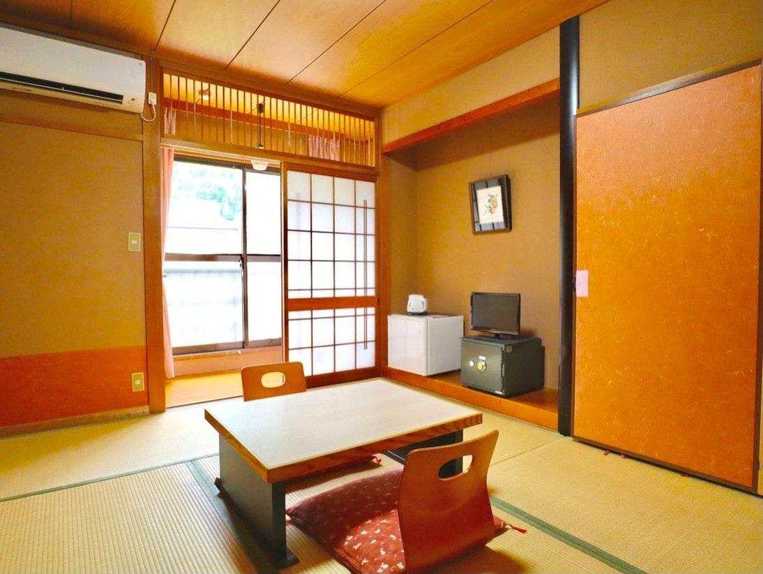 【川沿いで眺め良しっ♪角部屋】◆ゆったり寛げる和室7~8畳◆