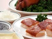 人気の中国料理はもちろん、季節ごとに内容が変わる限定コースもお楽しみいただけます。