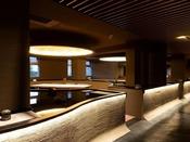 【お食事処「湯相七席」】全7卓のみの「食」を愉しむ特別な空間です。