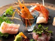 【湯相七席/七席の膳 2020春のお料理一例】海の幸もふんだんに取り入れます。