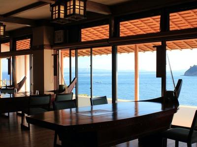 観光 日間 ホテル 賀島
