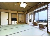 2003年7月に完成した、温泉付きのお部屋。ご夫婦やカップルに、ゆっくりと過ごしたい方におすすめです。