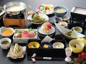 豆腐懐石「冬」自家製豆腐と海山の旬菜の華やかな競演。