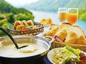 【朝食イメージ】『豆富屋さんのバイキング』 出来立て豆富や豆乳パンなど、当館ならではの品々が人気♪