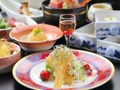 豆腐懐石「秋」秋を楽しむ旬の食材をメインに色鮮やかにご用意いたします。