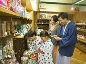 【売店イメージ】名産品はもちろん、お子様が喜ぶ品々も多数ございます★