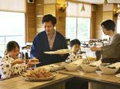 【朝食イメージ】好きなものを好きなだけ♪「豆富屋さんのバイキング」では豆乳パンや出来立て豆富が人気♪