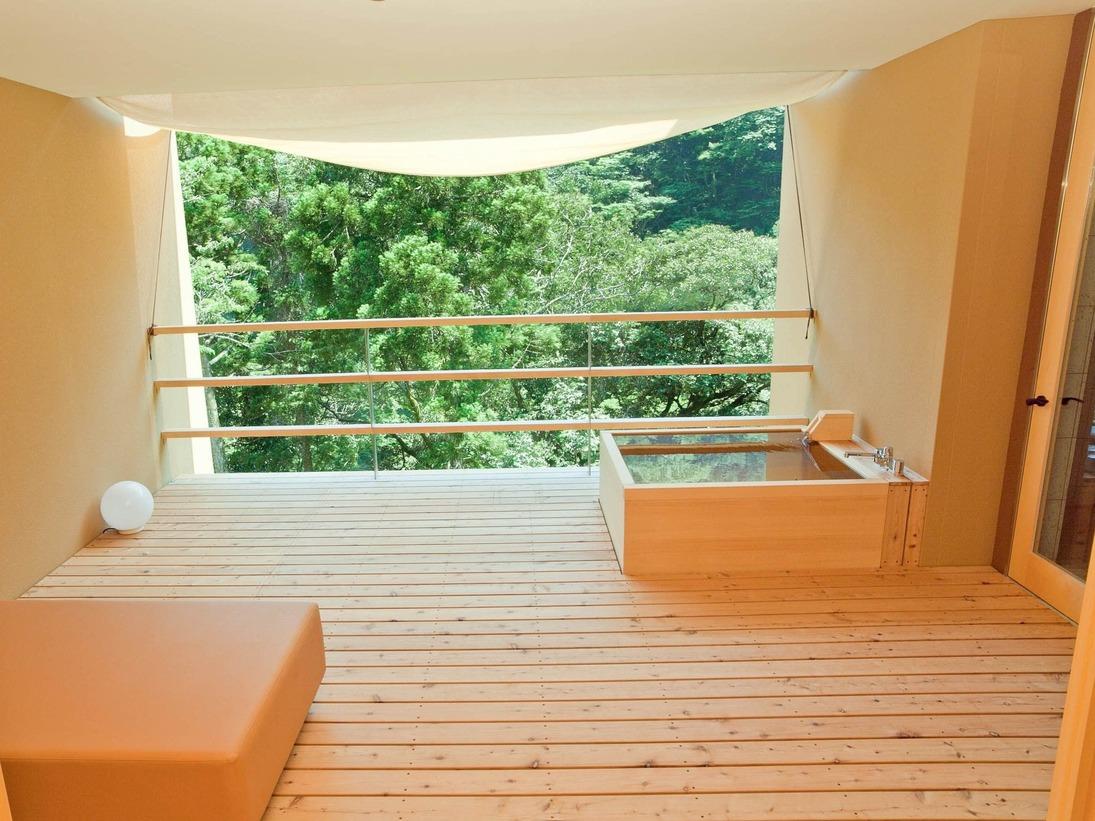 客室露天風呂の一例(401号室)