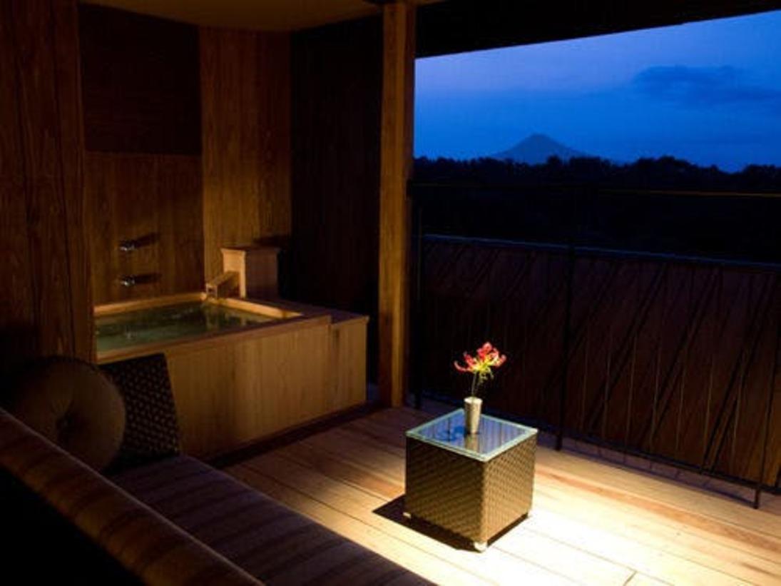 全客室から富士山を一望する絶好のロケーション