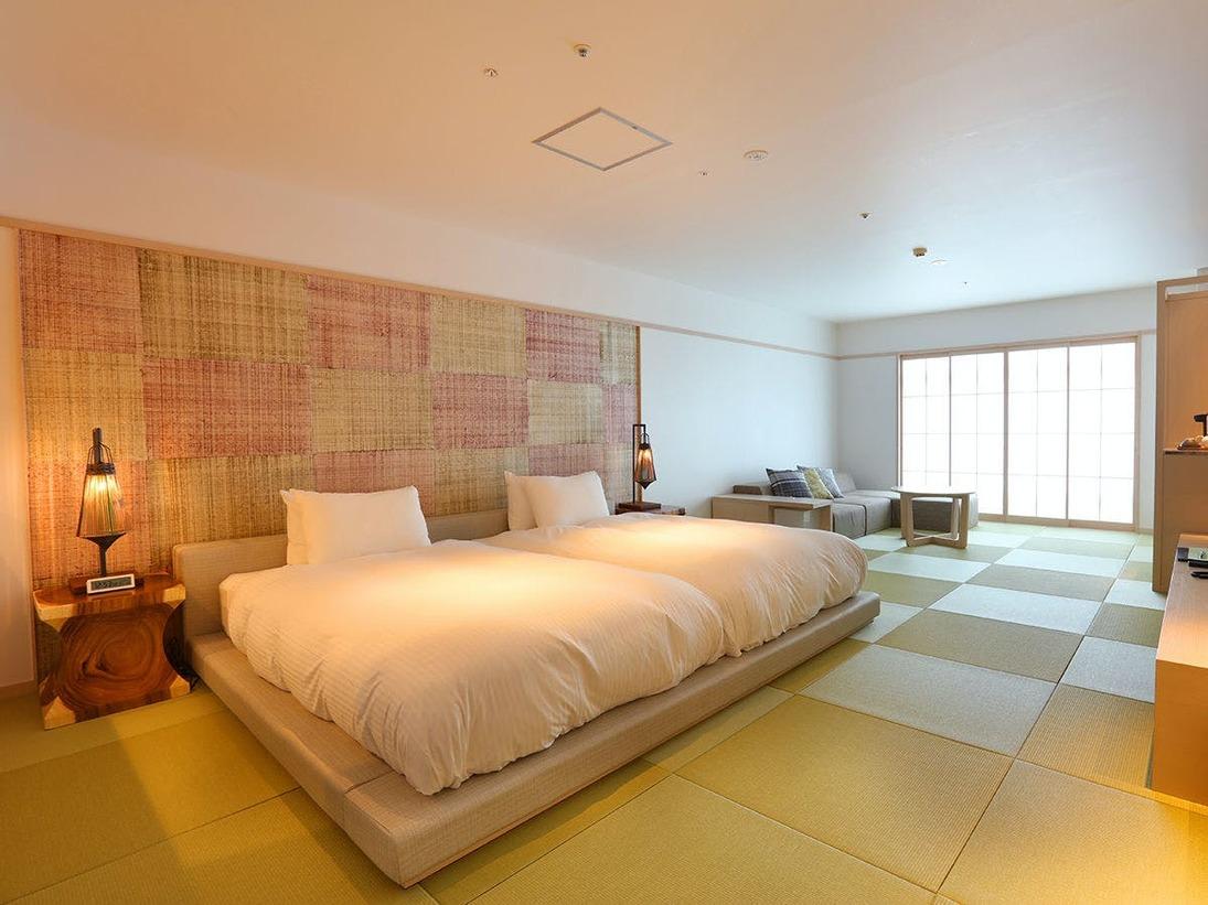 【客室】北欧を思わせる優しい白を基調にしたリラックスできる空間