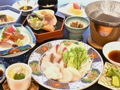 海鮮しゃぶしゃぶ会席御膳~新鮮魚介うまみを凝縮~女性や年配の方に人気。さっぱりとポン酢でどうぞ。