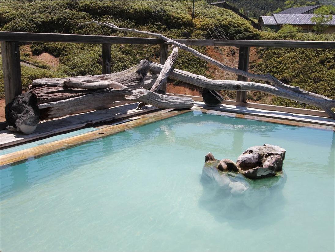 露天風呂「極楽の湯」