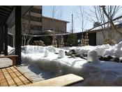 【冬】中庭。外に出られる際は温かい恰好で。
