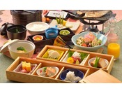 厳選された伊豆特産の品々をふんだんに使用した和朝食をお召し上がり下さい。