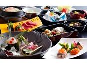 季節ごとの釜飯や奈良の名産を盛り込んだ大和懐石