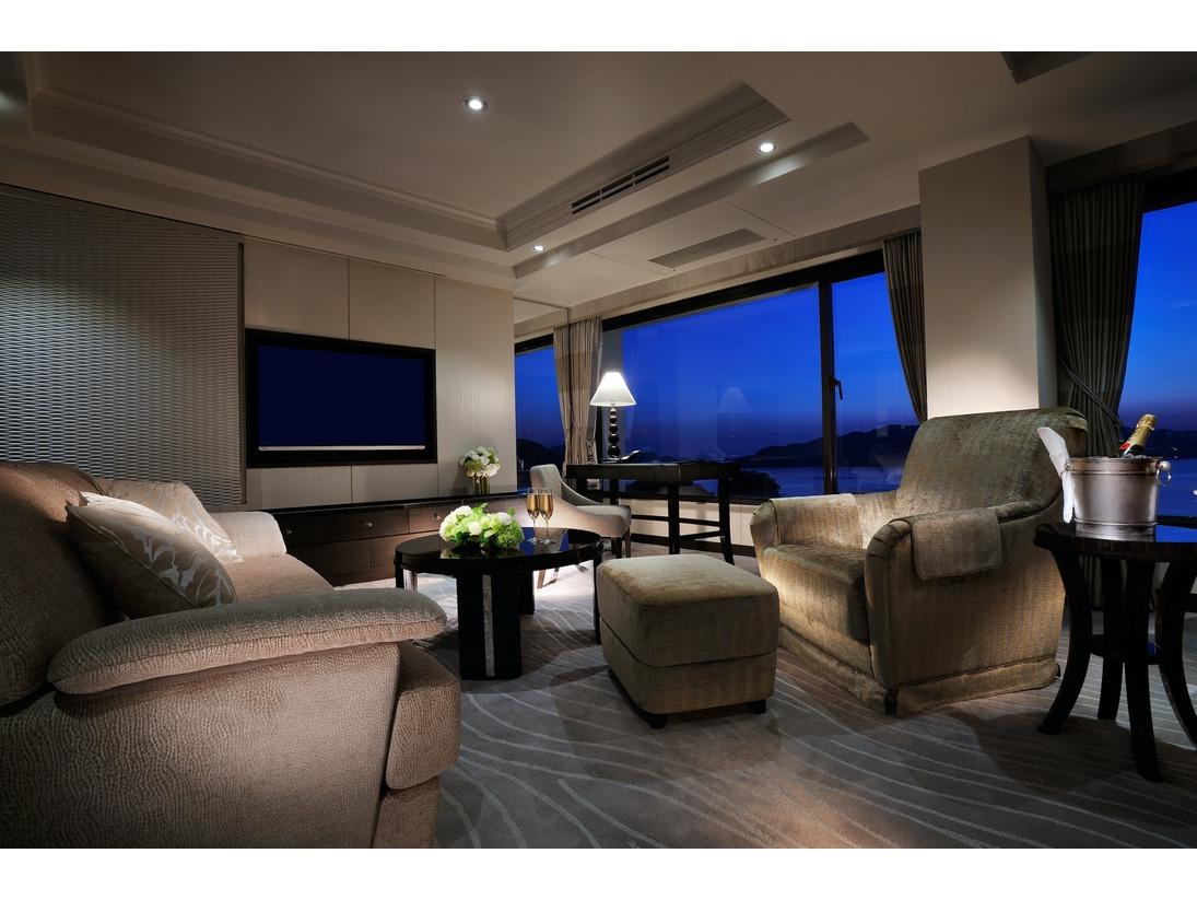 【インペリアル・スイート】開業以来、国内外の賓客をお迎えしてきた特別なお部屋です。