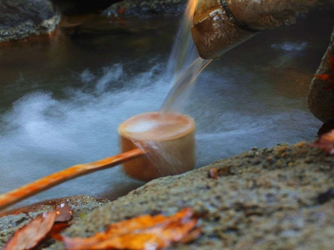 みごとな湯量が魅力、心まで潤う温泉【山代一号源泉】