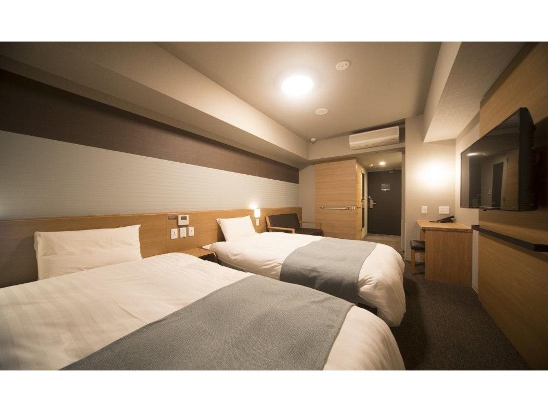◆【禁煙】ツイン20平米サータ社製ベッド(120×195センチ×2台)