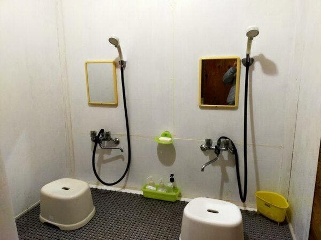 シャワールーム一例