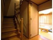 2階建てメゾネットタイプ温泉付き客室