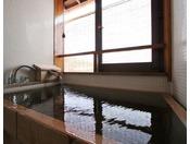 メゾネットお風呂 小さいですが掛け流しの温泉です。